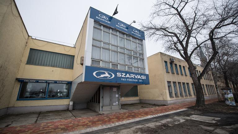 A Halálcsillag legyőzte a Szarvasi-gyárat