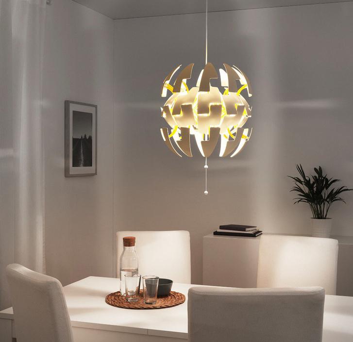 Így néz ki összerakva az IKEA lámpa, ami bedöntötte a Vasiparit.