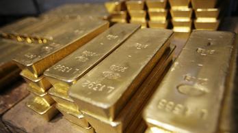 A világ jegybankjai tavaly 27 milliárd dollárért vásároltak aranyat