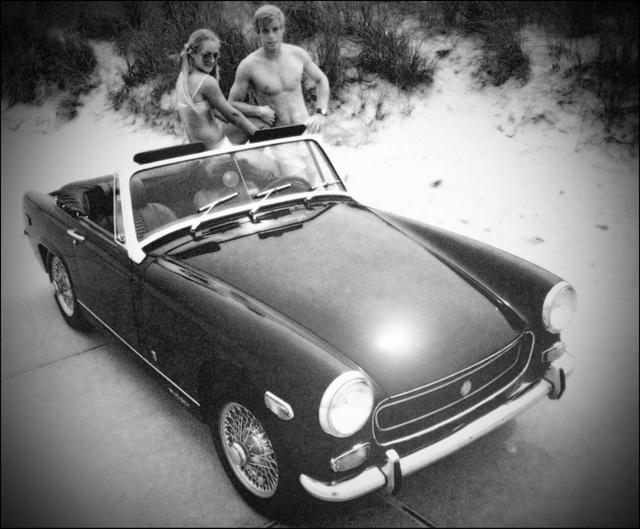 MG Midget: egyszerű, mint a faék, olyan is vezetni. De óriási benne a vigyorfaktor