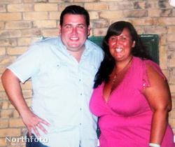 Lee és Sarah Hart az esküvő előtt