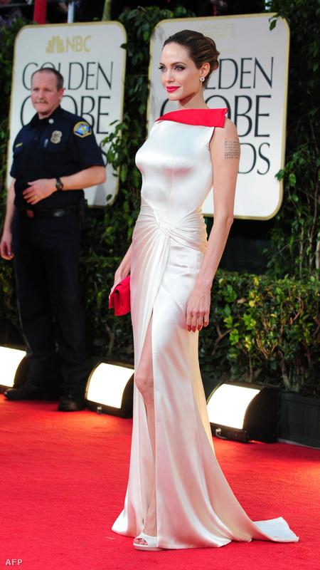 Angelina Jolie Atelier Versace-ban.