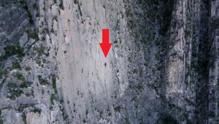 914 méter függőlegesen, kötelek nélkül: Alex Honnold a világ tetején