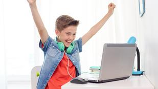 Egyre többet neteznek a gyerekek, de ez nem feltétlenül rossz