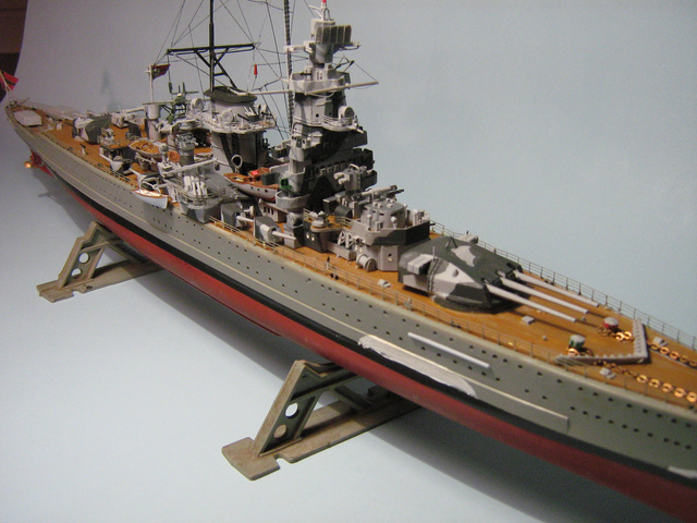Elegáns és hipermodern hajók voltak a Deutschland-osztály egységei