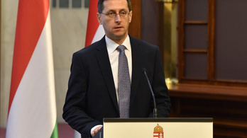 Varga: Visszaesik a gazdasági lendület, jön a gazdaságvédelmi program
