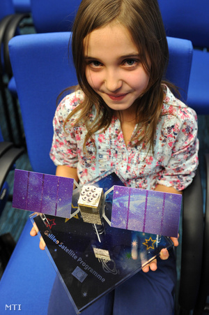Lisa Kraaijvanger az Európai Bizottság által meghirdetett Galileo-rajzpályázat hazai győztese