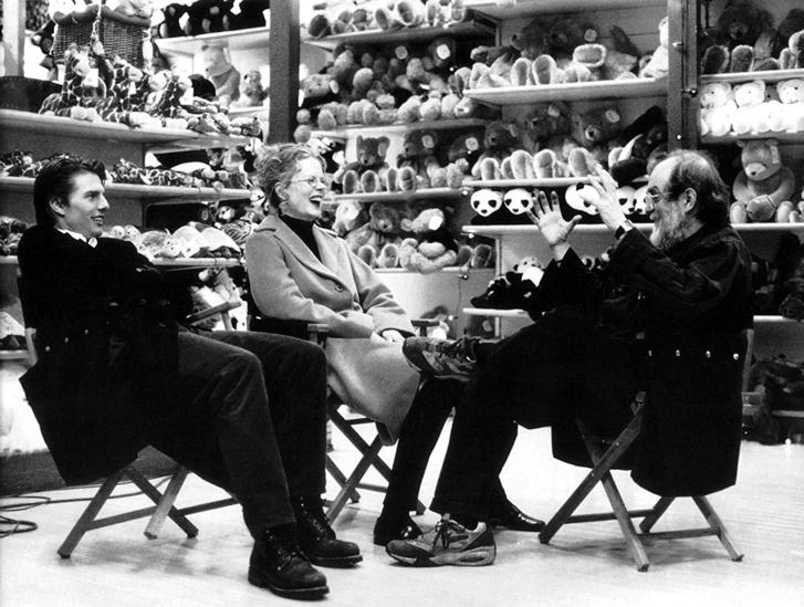 Tom Cruise, Nicole Kidman és Stanley Kubrick (Tágra zárt szemek 1999)