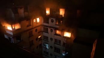 Kigyulladt egy toronyház Párizsban, többen meghaltak, szándékos gyújtogatás történhetett