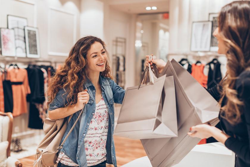 Így vesznek rá tudat alatt az üzletekben, hogy többet vásárolj - Az elrendezéssel és az illatokkal is befolyásolnak