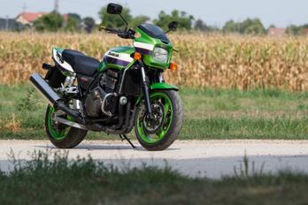 Szép, mint egy Kawasaki, és jó, mint egy Honda