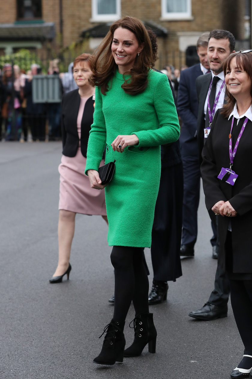 Katalin hercegné ezúttal is gyönyörű volt: remekül állt rajta ez a zöld Eponine-kreáció.