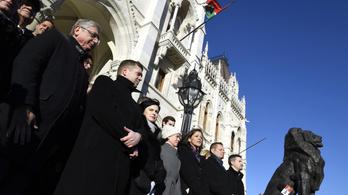 Orbán rendszerének alapjait kezdték el roncsolni