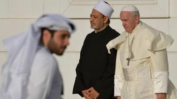 Ferenc pápa és az imám együtt ítélte el a vallási erőszakot