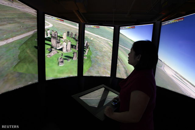 Az ideális konfiguráció a Stonehenge virtuális körbejárásához