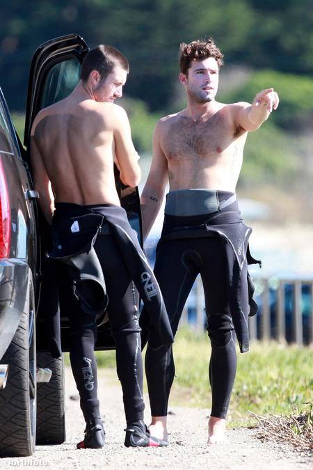 Jenner-fivérek looking at things