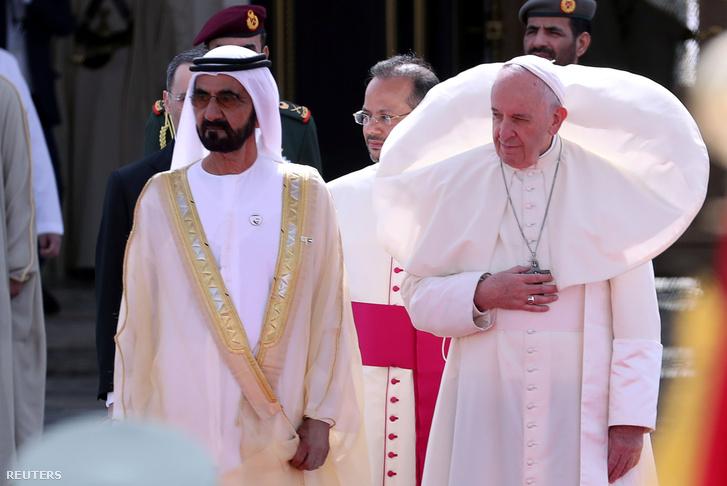 Ferenc pápa az Egyesült Arab Emírségekben Mohammed bin Rashid al-Maktoum sejkkel 2019. február 4-én
