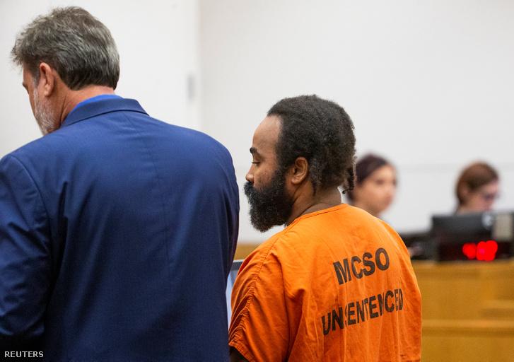 Nathan Sutherland, az erőszakkal vádolt ápoló a bíróságon 2019. február 5-én.