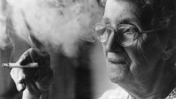 Hawaii 100 évre emelné a dohányzás korhatárát