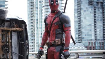 A Deadpool rendezőjének meggyűlt a baja James Cameronnal és Ryan Reynoldsszal is