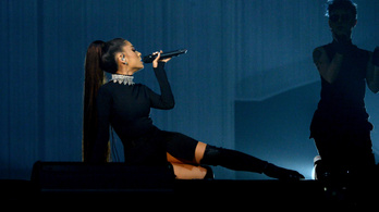Váratlanul lemondta a Grammy-fellépését Ariana Grande