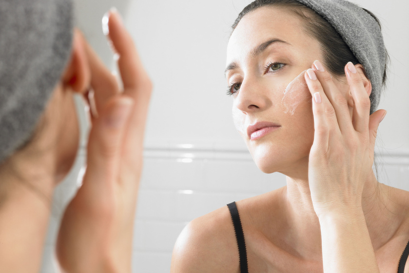 Képesek utánozni a botoxot: mik azok a peptidek, és miért olyan jók a bőrnek?