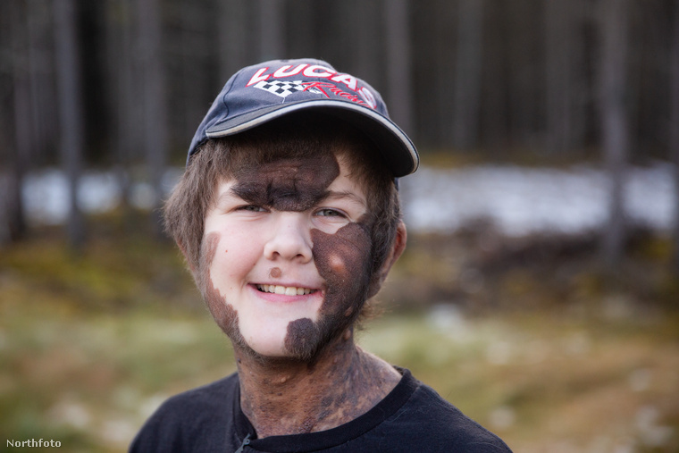 Ő Lucas Starr, 11 éves, Alaszka államban lakik