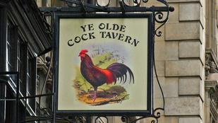 Az angolok az 1600-as években kakast főztek a sörbe