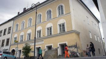 Még másfél millió eurót keresett Hitler szülőházán a volt tulajdonos