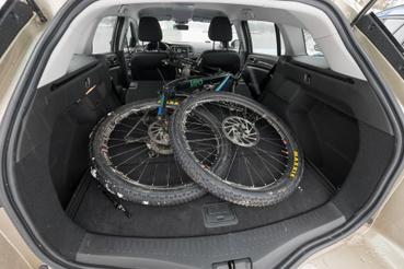 Ide is beférne még legalább egy bicikli, ha kéne