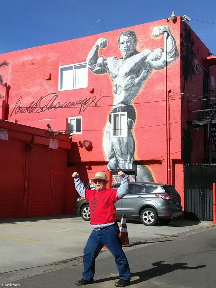 És aztán elment a Venice Beach nevű helyre is, ami annak idején Arnold Schwarzenegger révén vált legendás edzőhellyé
