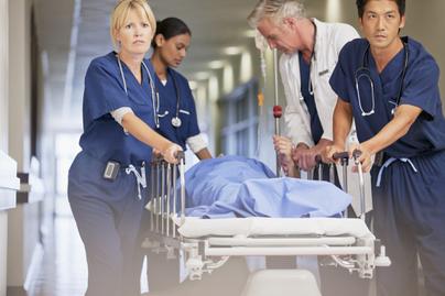 korhaz-surgossegi-orvosok
