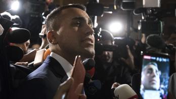 Elmérgesedett a vita: Franciaország hazarendelte római nagykövetét