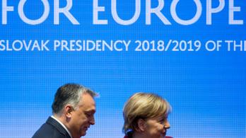A V4-ek és Németország közös programmal kezelné a marokkói migrációt