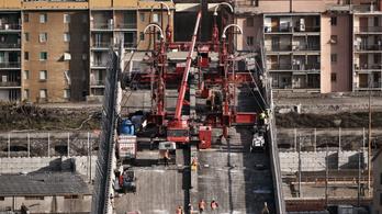Elkezdték bontani a leomlott genovai hidat