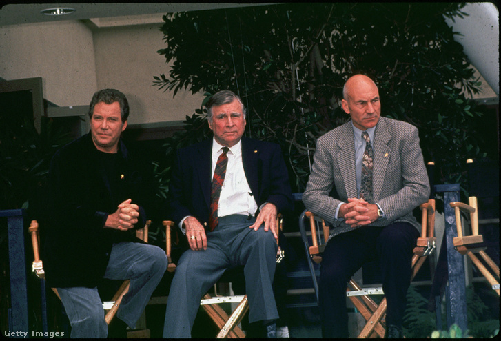 William Shatner, Gene Roddenberry és Patrick Stewart a Star Trek-Induction 25. évfordulóján Los Angeles-ben 1991. június 6-án