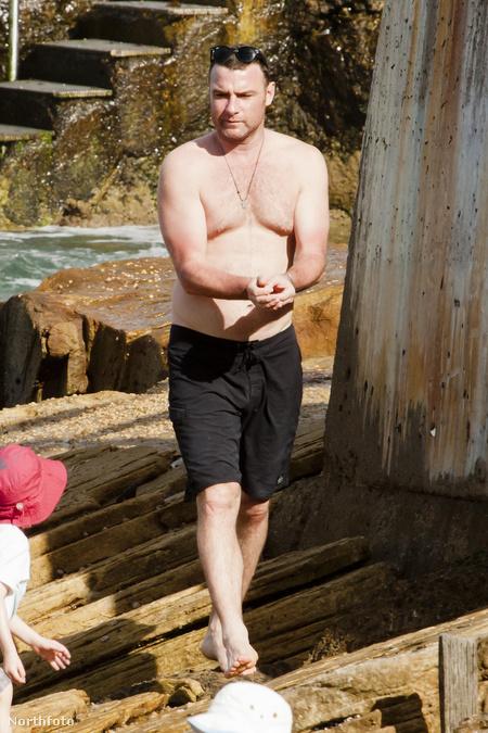 Liev Schreiber strandol 2012-ben