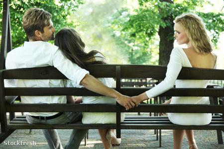 stockfresh 980700 conceptual-photo-of-a-marital-infidelity sizeM