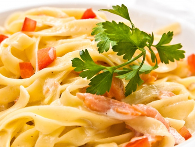 stockfresh 1141562 tasty-pasta-with-salmon sizeS