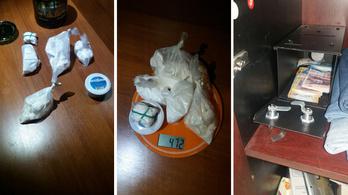 Fél kiló kokaint találtak egy budapesti irodában