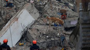 Tizenhatra nőtt az isztambuli házomlás halálos áldozatainak száma