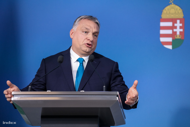 Orbán Viktor a január 10-i kormányinfón