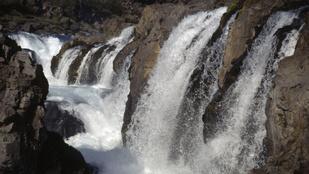 Akarja látni, hogy éled újjá egy tíz éve kiszáradt vízesés?