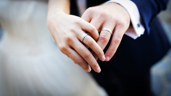 Emmi: Divatba jött a házasság