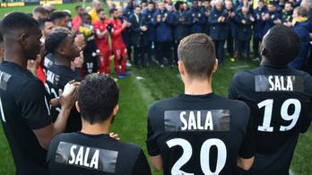 Talpig feketében, Sala-mezekkel búcsúztatta volt játékosát a Nantes
