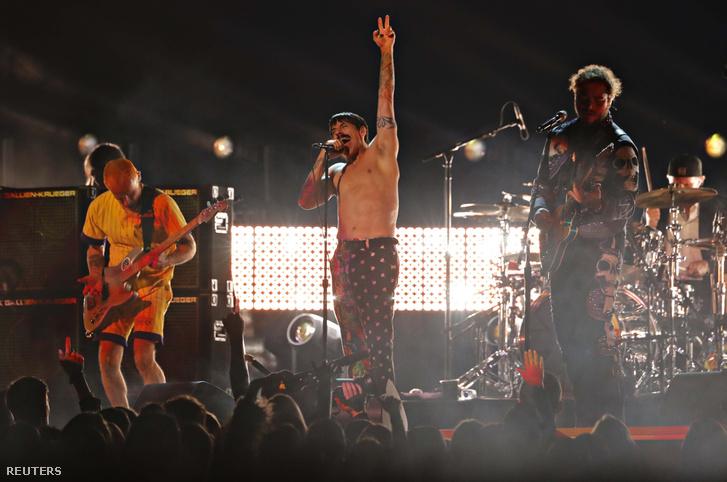 Red Hot Chili Peppers előadása