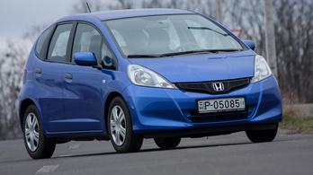 Kis/közepes családi autó hárommilióig