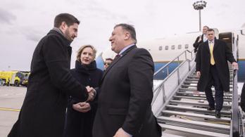 Pompeo megérkezett, az amerikai külügy asztalra tette az orosz-ügyet