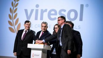 Orbán Viktor átadta egy bátor magyar vállalkozó búzakeményítő üzemét