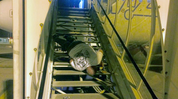 Drámai eséssel ért véget egy kötekedő részeg repülőútja Budapesten